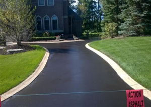 Lake Angelus Residential Asphalt Contractors